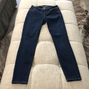 Old navy mid rise rockstar skinny jeans
